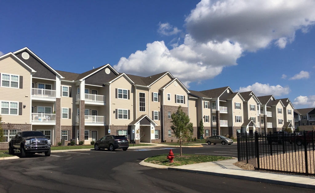 2945 Elam Road Village At Elam Farms Apartments Murfreesboro Tn Investment Partners Llc